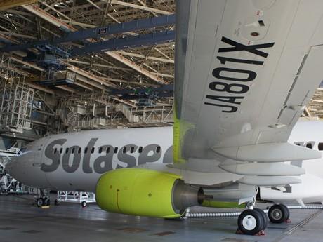 報道陣に披露されたソラシドエアのボーイング737-800型機新造機