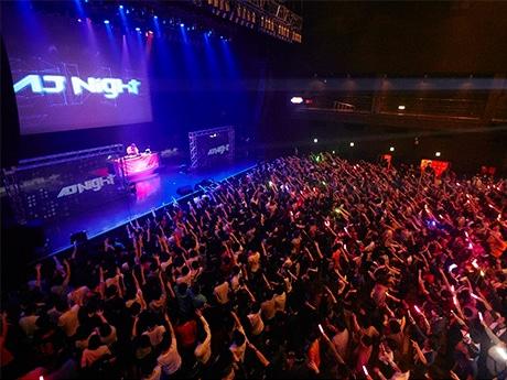 別会場で行われた「AnimeJapan 2015」サタデーナイトフェスの様子