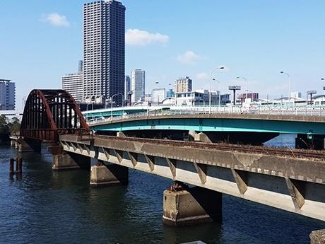 都心最大の鉄道遺構「晴海橋梁」