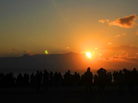 水平線から望む「初日の出」