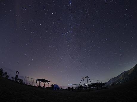 神津島から望む満天の星空