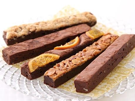 3種のクーベルチュールチョコレートを使用した「コートクール」の生ブラウニー