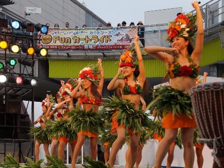 フラ&タヒチアンダンスショー(昨年の様子)