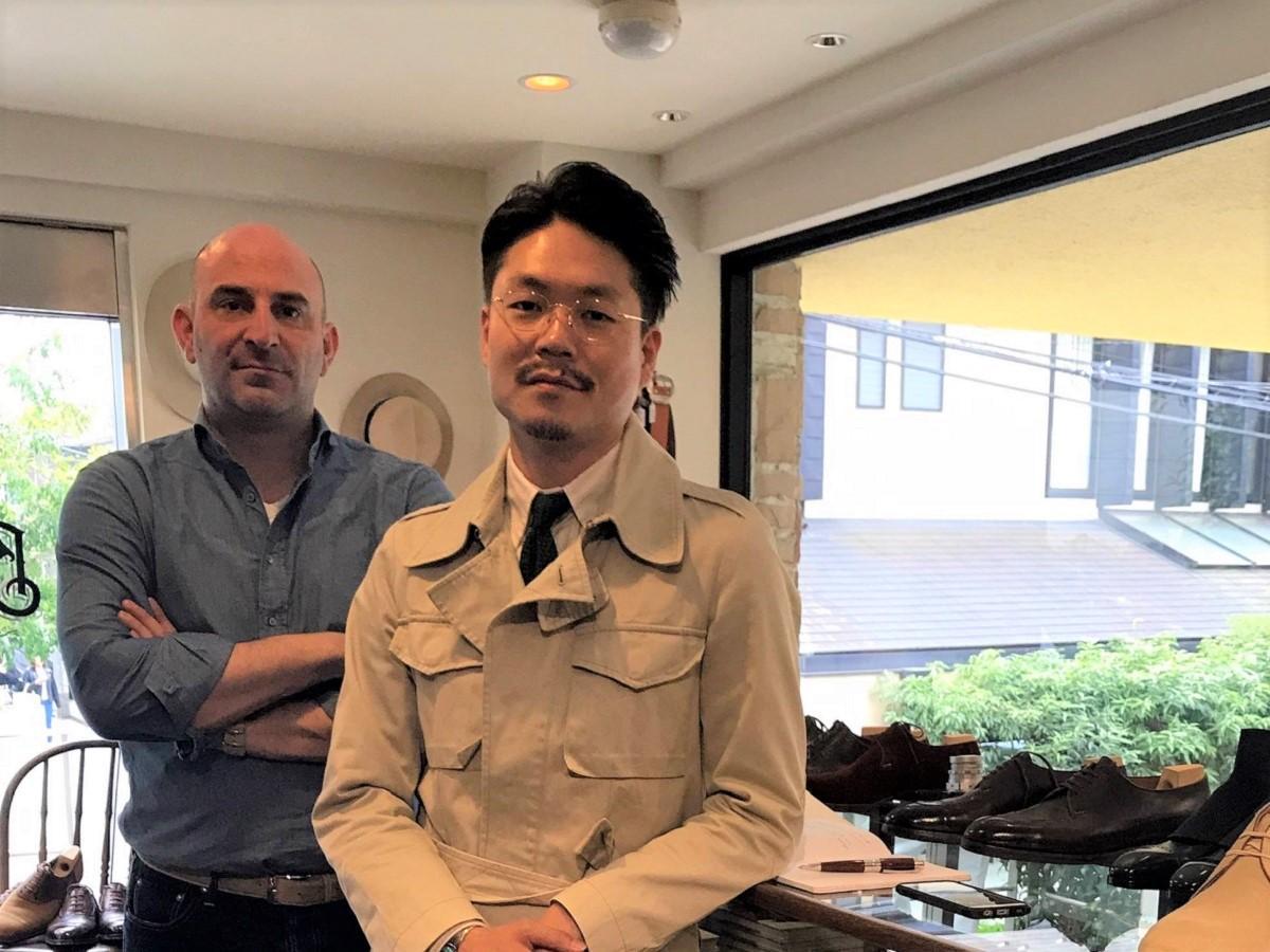 藤江航さん(右)と「サンクリスピン」のフィリップ・カーさん