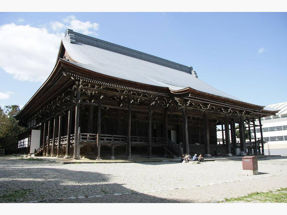 勝興寺本堂