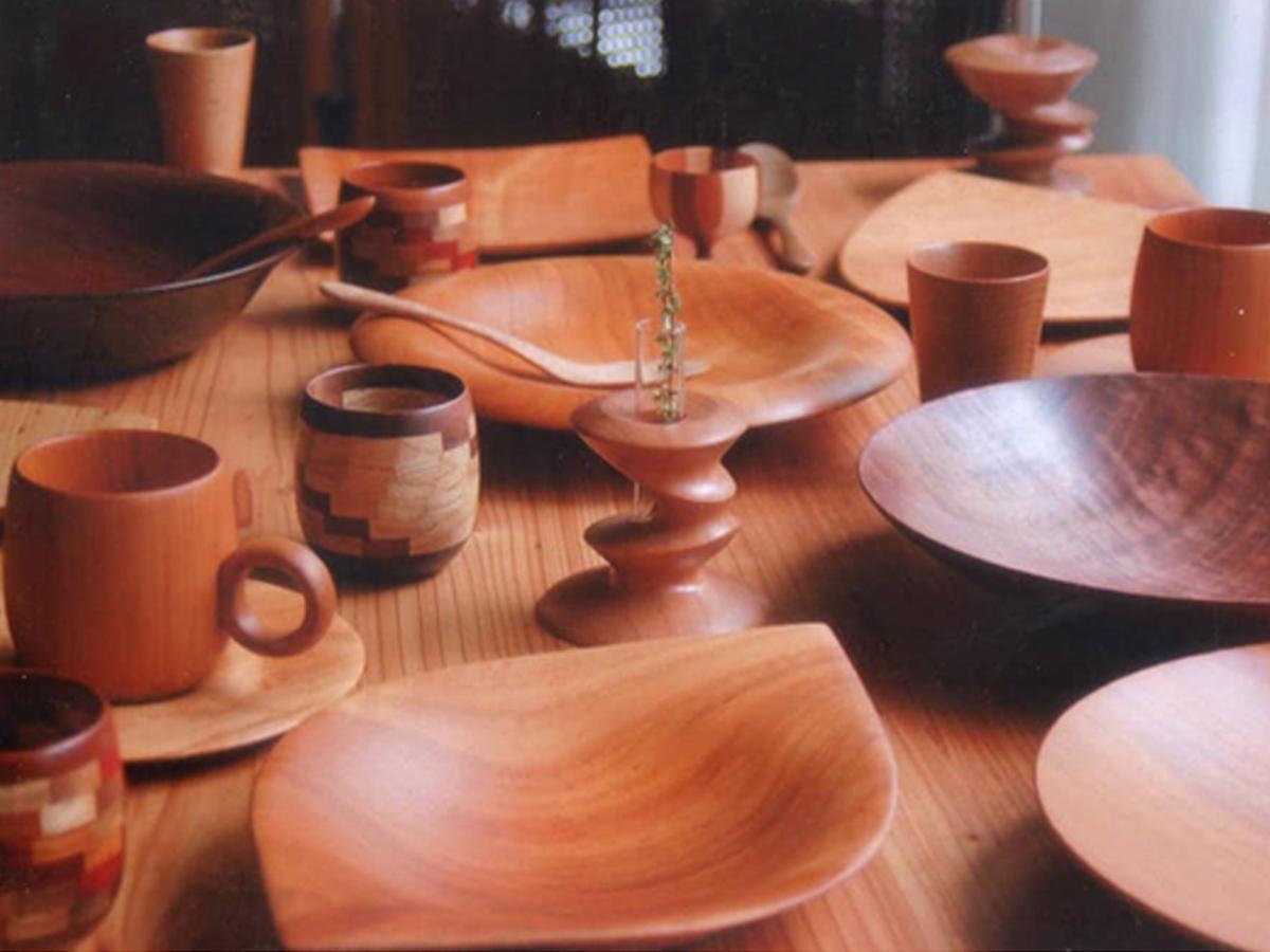 「くりこども」(富山県)の木製テーブルウェア
