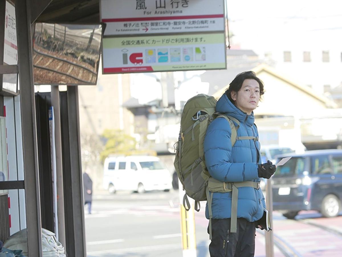 「嵐電」でノンフィクション作家を演じる井浦新さん