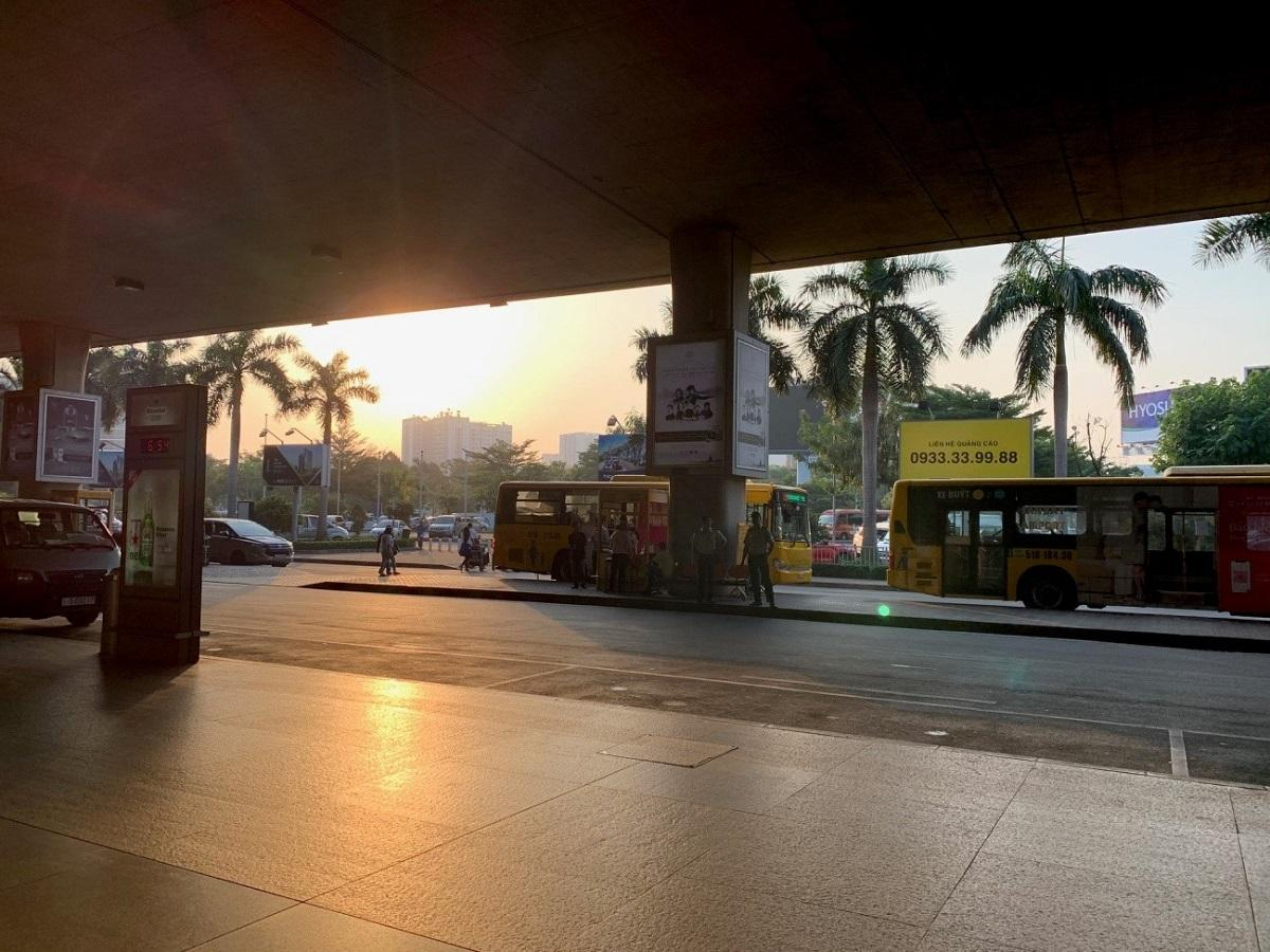 ベトナム空港で撮影した朝焼け