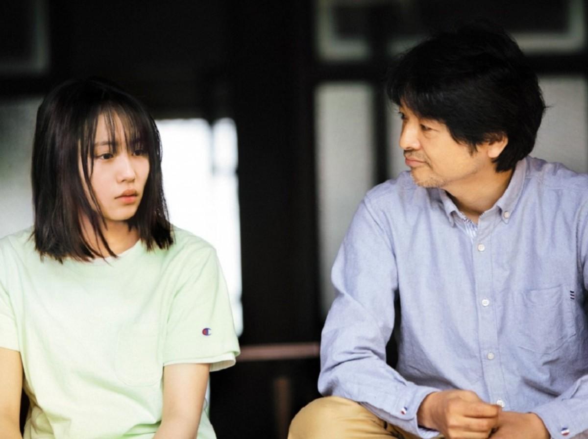 南沙良さんと緒方直人さん/(C)「もみの家」製作委員会