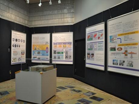 つくばエキスポセンターで展示されている次世代がん治療「BNCT」の研究展示