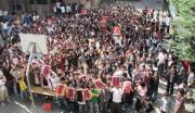 ひざを曲げて立ち上がる貧困解決イベント-上野のNGO団体らが開催