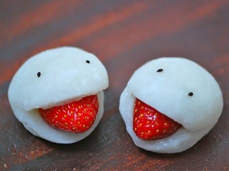 日暮里の和菓子店が「妖怪いちご大福」-インパクトで勝負