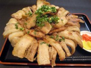 東上野にもつ焼き店「もつよし」-ランチのボリューム「豚肉めし」人気に
