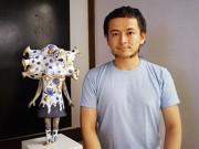 根津のギャラリーで「空壺の人」展 器と陶器の人形が融合