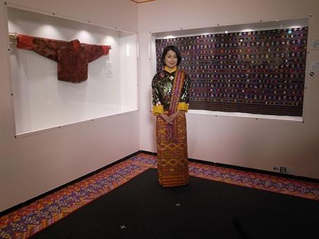 上野の森美術館で「ブータン」展 仏像、仏画、織物など140点展示