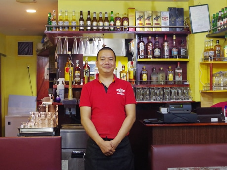 上野にネパール人シェフのアジア料理店 各国料理をリーズナブルに提供