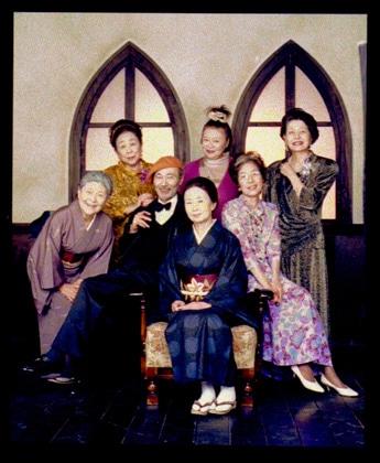 オープニングプログラムは老年女性の性愛を描いた小説が原作の「百合祭」。主演は吉行和子さん、ミッキーカーチスさんなど。上映後には浜野佐知監督のトークショーを開催