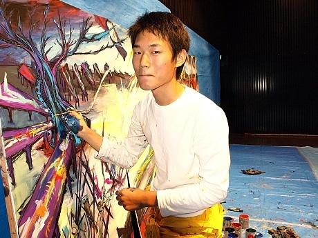 HEP HALLで8月に個展を開催する林俊作さん