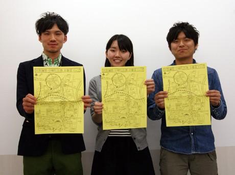 マップを作成した松岡慧祐さん(写真左)、池田奈緒さん(中央)、川辺陵司さん(右)