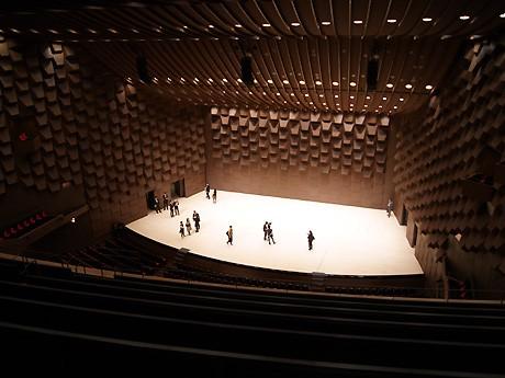 3階席最後部からステージを望む