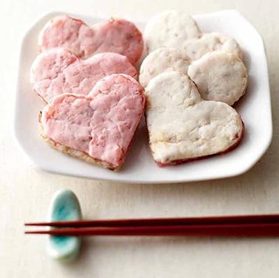 「阪神名物いか焼き」ではハート型のイカ焼きを販売