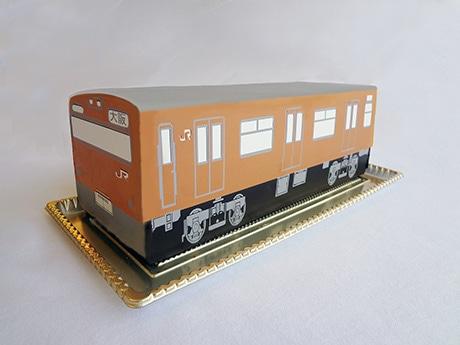環状運転50年記念商品「大阪環状線ケーキ」