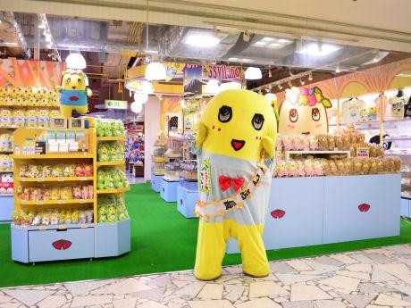 「梨の妖精界」をイメージとした店内