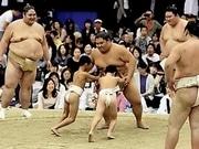 梅田で相撲イベント「うめきた場所」初開催 豪栄道らが団体戦