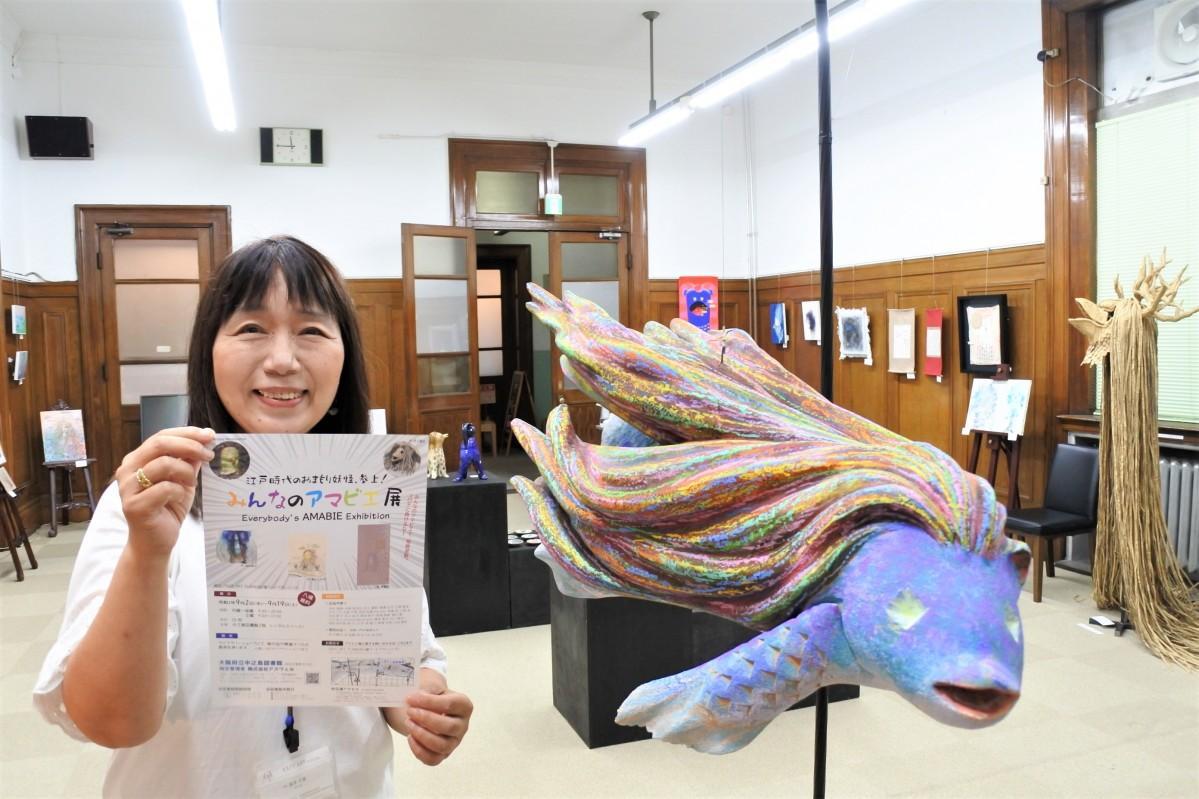 企画した泉井千恵さんとヒロ忠之さんの立体造形作品