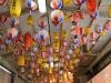 大阪・裏天満が「ちょうちん通り」に 千個に1個のレアちょうちんも