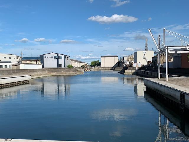 マリンイルミネーションが行われる堀川運河