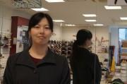 浦和駅西口の靴店で岡崎詩をりさん作品展 「美術と街巡り・浦和」関連企画