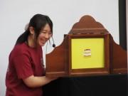 浦和大学で市民対象の公開講座 紙芝居の歴史や演じ方学ぶ