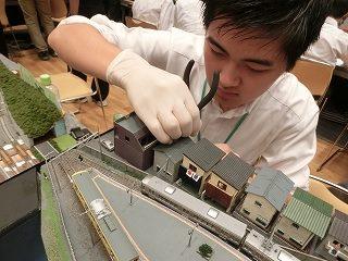 学生が主体となって開催する「鉄道模型展」
