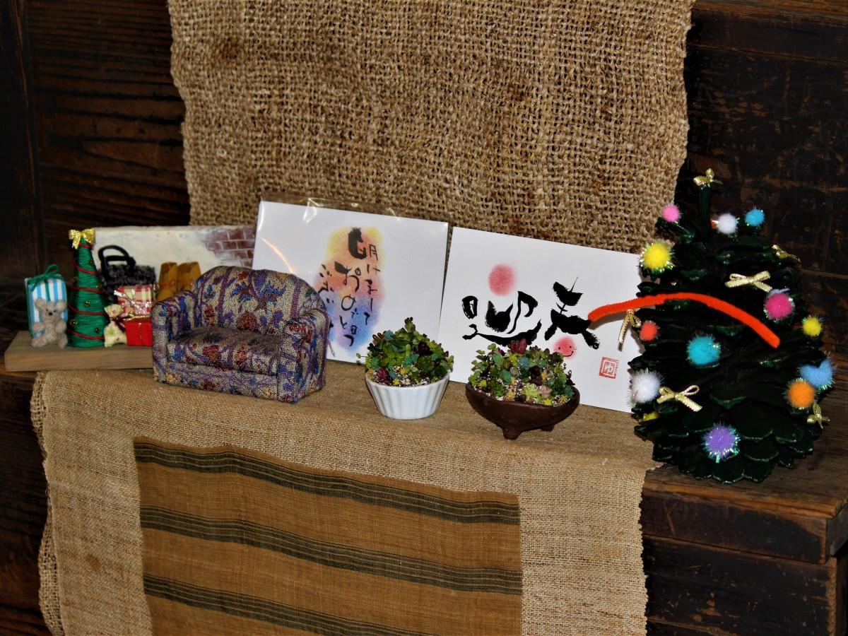 与野本町のカフェギャラリーで展示販売会
