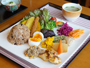 宇都宮「カフェ・ル・ジャルダン」、カフェ転換1周年-酵素玄米や重ね煮を売りに
