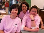 ピンクの服を着て「いじめをなくそう」-男子学生2人の行動が全国へ