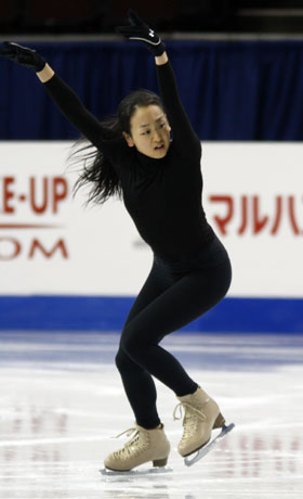 ISU四大陸フィギュアスケート選手権。直前にバンクーバー入りした浅田真央選手も公式練習を開始した。撮影:Shugo Takemi