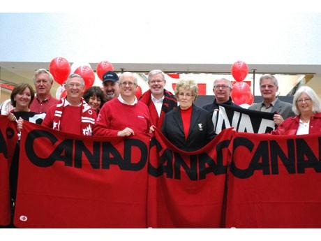 「Paint the Town Red(街中を真っ赤に染めよう」キャンペーンがリッチモンドで始まった。