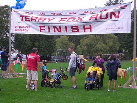 スタンレーパークで9月19日、がんのチャリティーイベント「Terry Fox Run(テリー・フォックス・ラン)が行われた。