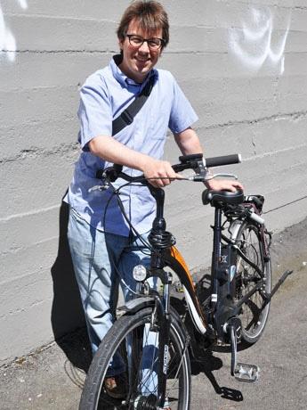 電動自転車シェアサービス「The North Shore Electric Bikeway」を起業したTyler Russellさん
