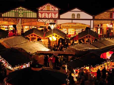 今年もバンクーバーでドイツスタイルのクリスマス・マーケットが12月24日まで開催されている  写真提供:Vancouver Christmas Market
