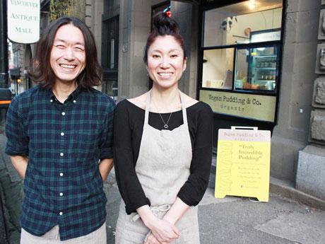 ビーガン・プリン店を経営する日本人夫妻のSoramaruさんとHiroさん