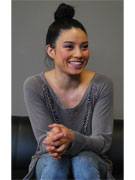米テレビ番組ツアーにベッキーさん妹ジェシカさん ダンスと笑顔で観客魅了
