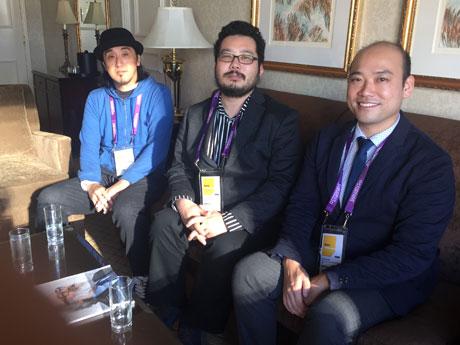 日本のショートアニメ「Affordance」制作者の野辺ハヤトさん(写真左)、「食卓」の小松監督(中央)と俳優の渡部さん(右)