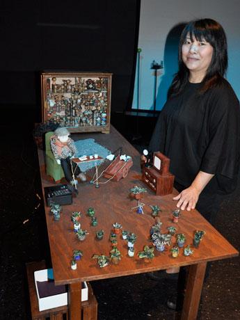 日系カナダ人アーティストのシンディ・モチヅキさん