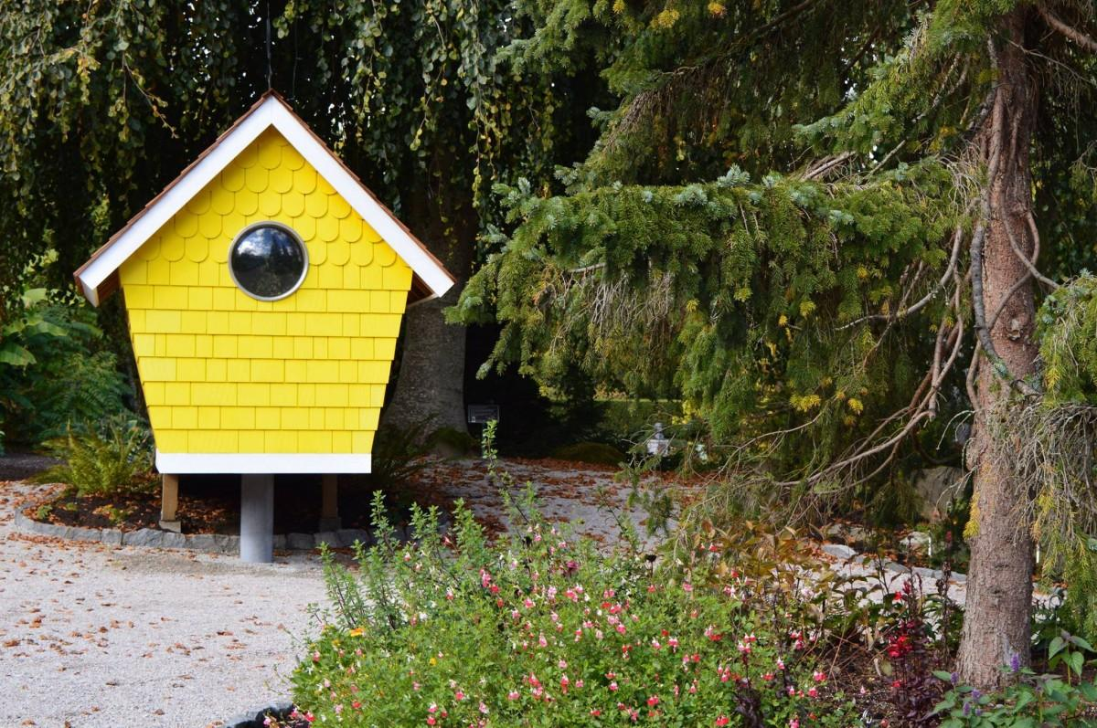 野鳥たちの憩いの場「バックヤード・バードガーデン」 (写真=VanDusen Botanical Garden)