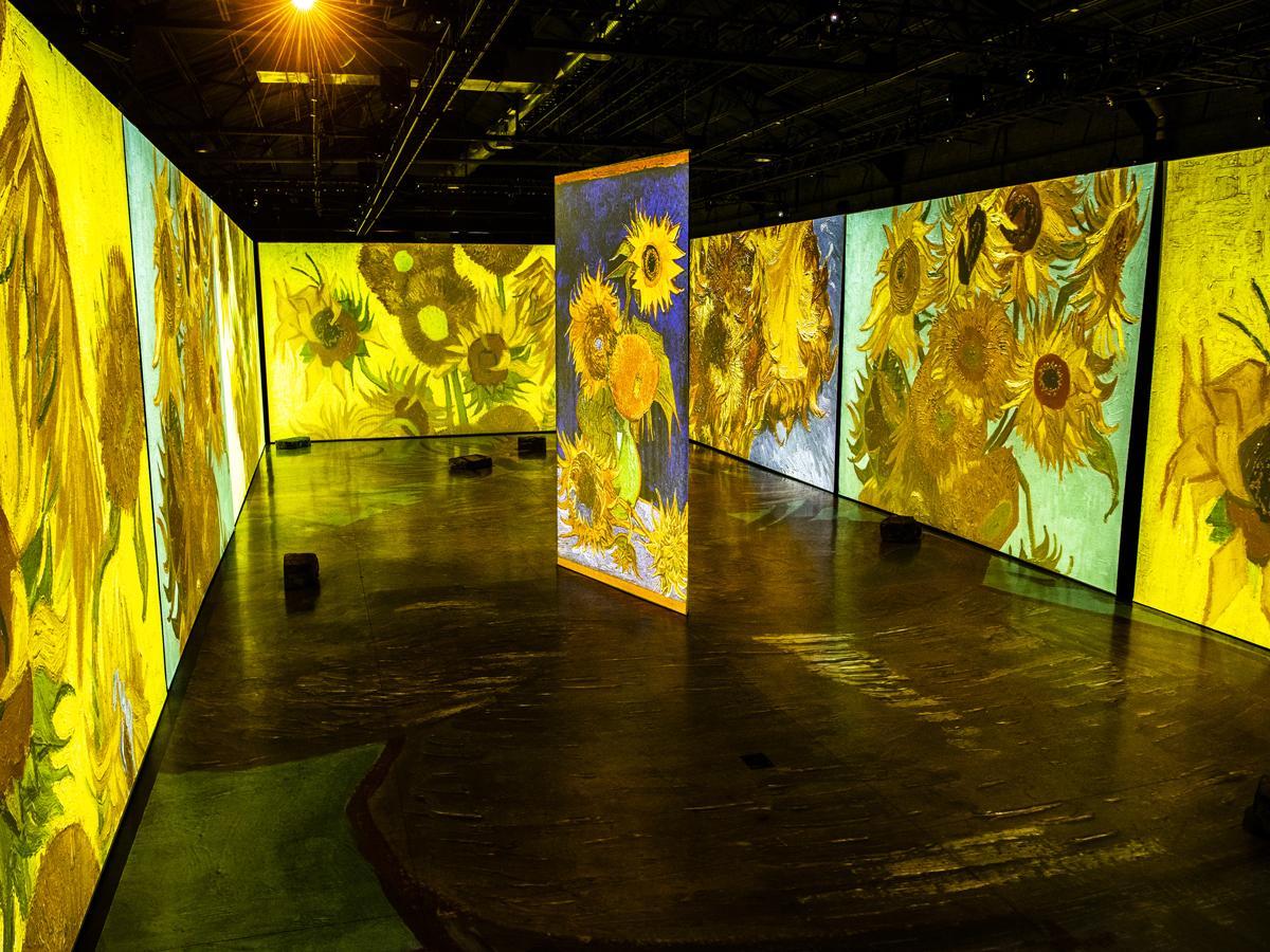 昨年開催されたゴッホのデジタルアート展 (写真提供=Imagine Van Gogh、撮影=Laurence Labat)