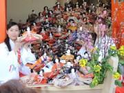 和歌山・淡嶋神社で恒例の「ひな流し」 好天に恵まれ来場者5000人