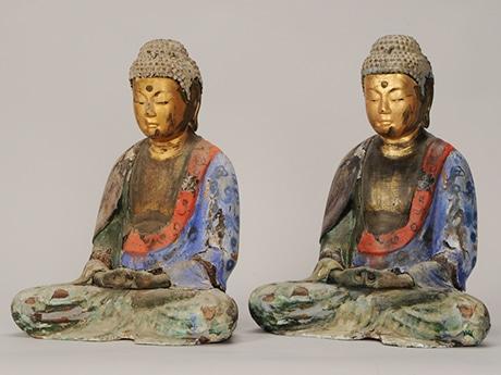 阿弥陀如来坐像の実像(左)と複製像